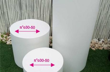 סטנדים בצורת גלילי עשויים פי וי סי