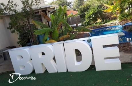 """שולחן BRIDE גובה 100 ס""""מ עובי 25 ס""""מ"""
