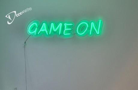 שילוט לד גמיש על בסיס פרספקס שקוף  | GAME ON